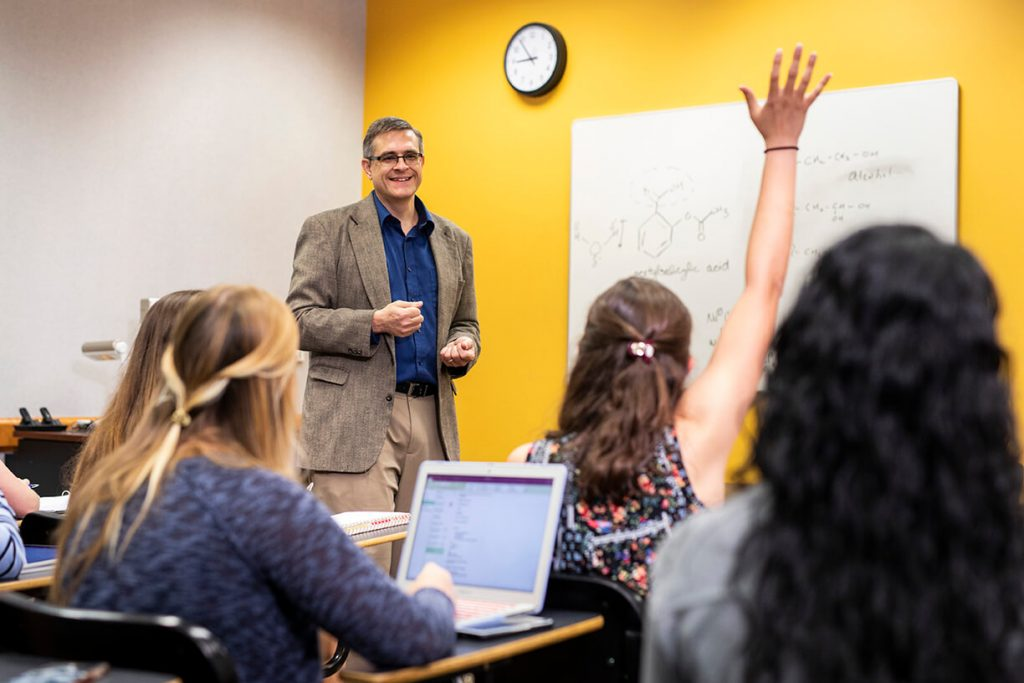 UCF Faculty member in the classroom
